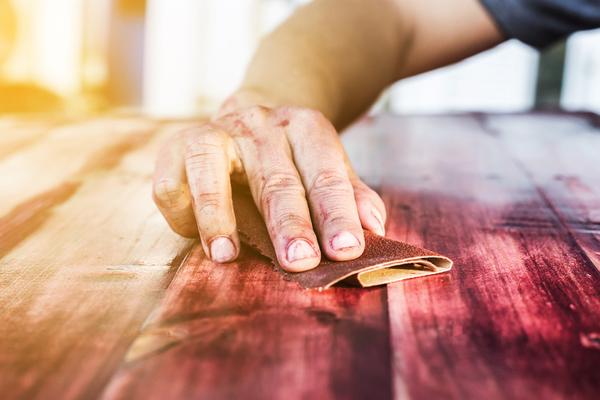 Rénover un meuble – Comment rajeunir un meuble ancien ?